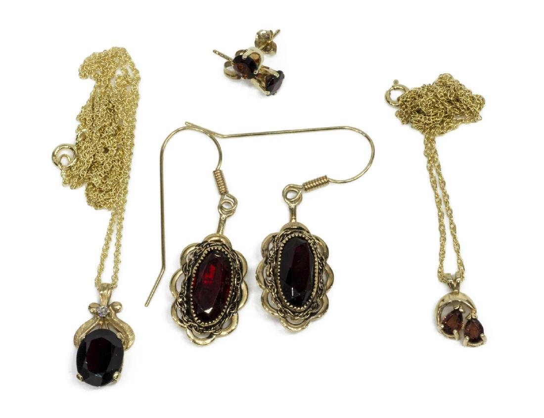 GROUP OF 14KT YELLOW GOLD & GARNET ESTATE JEWELRY