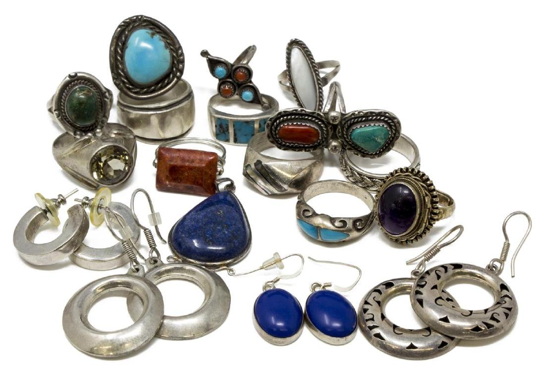 ESTATE MEXICO & SOUTHWEST STYLE SILVER JEWERLY LOT