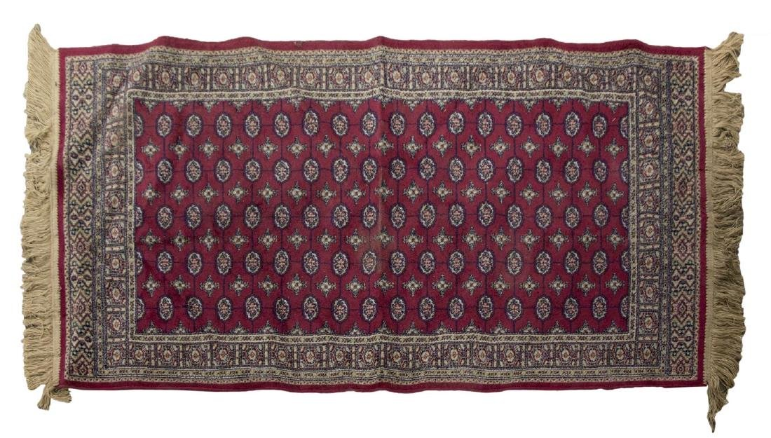 "MACHINE WOVEN PRAYER RUG, 4'3"" x 2'"