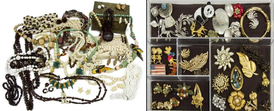 (LOT) LARGE COLLECTION OF COSTUME JEWELRY