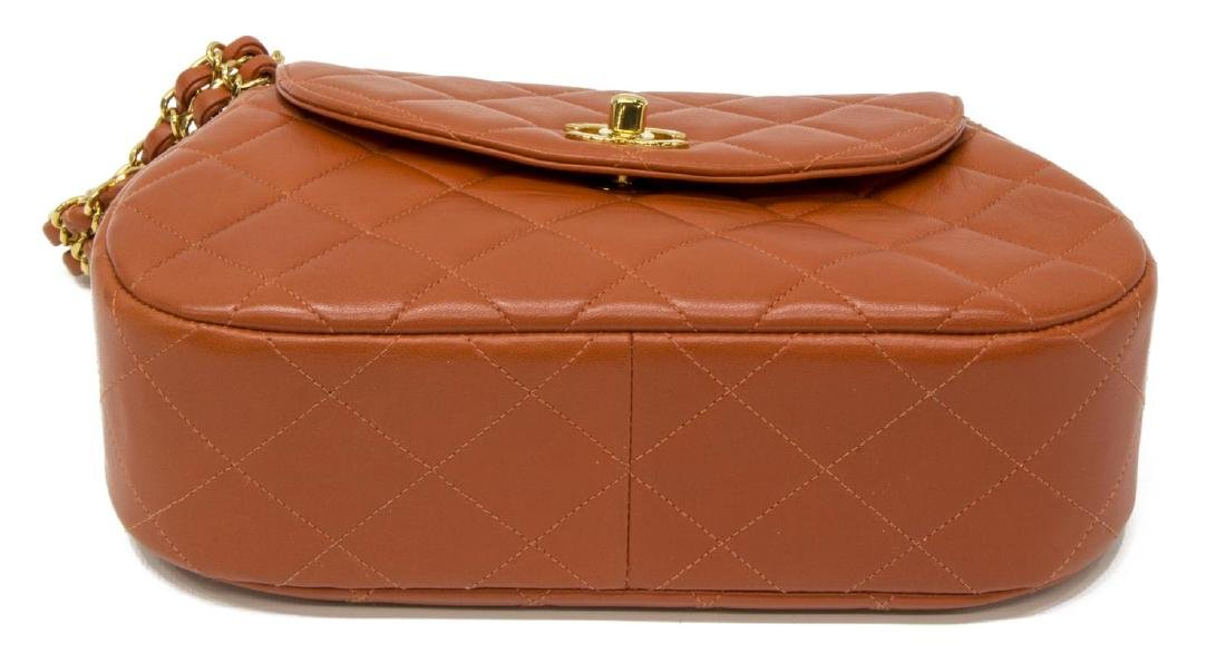 CHANEL 'CLASSIC FLAP' ORANGE LEATHER HANDBAG - 3