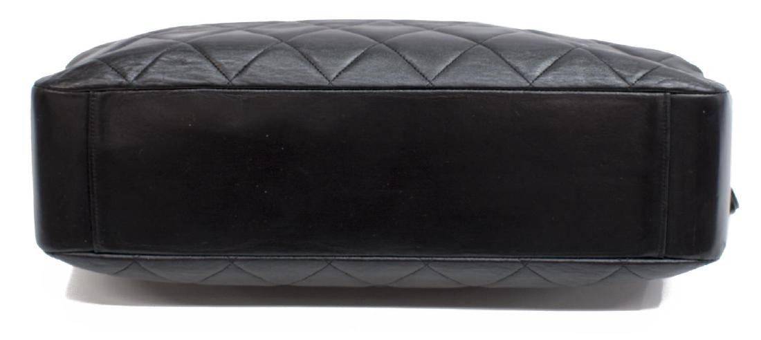 VINTAGE CHANEL BLACK QUILTED LEATHER SHOULDER BAG - 3