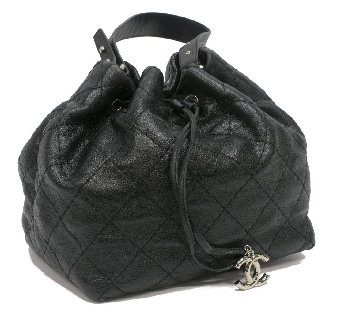 CHANEL QUILTED BLACK LEATHER DRAWSTRING BAG