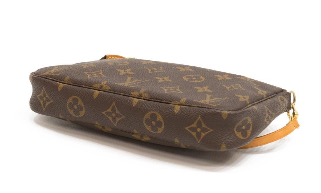 LOUIS VUITTON 'POCHETTE ACCESSOIRES' CLUTCH BAG - 3