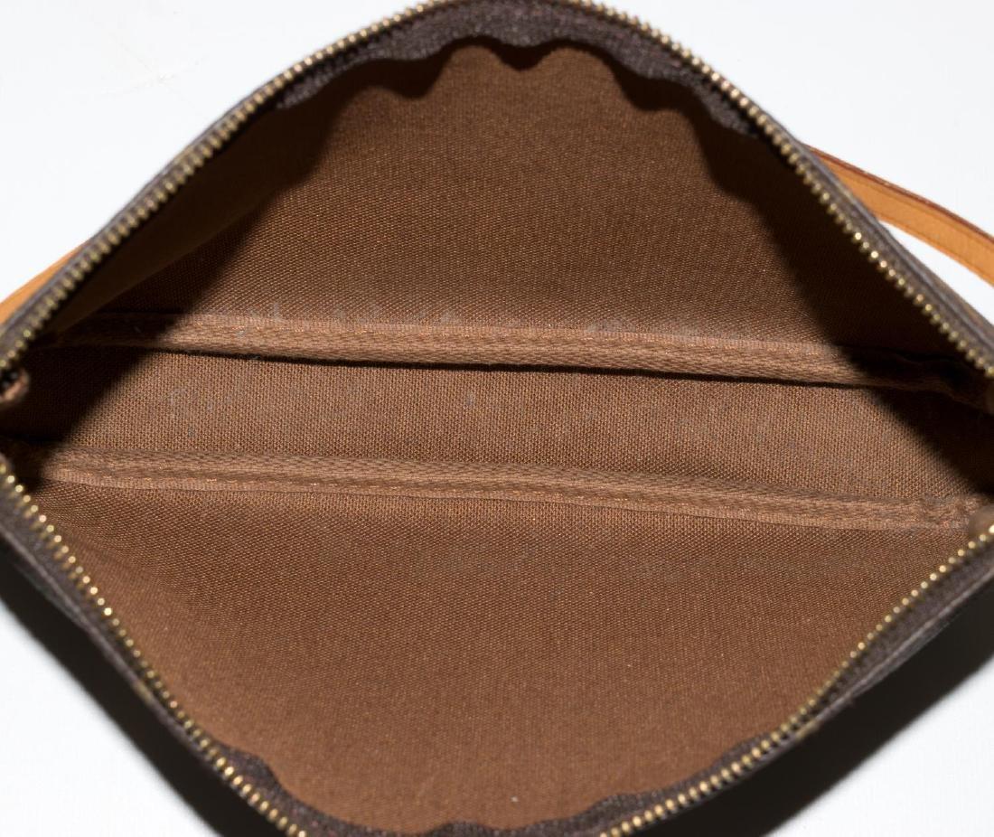 LOUIS VUITTON 'POCHETTE ACCESSOIRES' CLUTCH BAG - 4