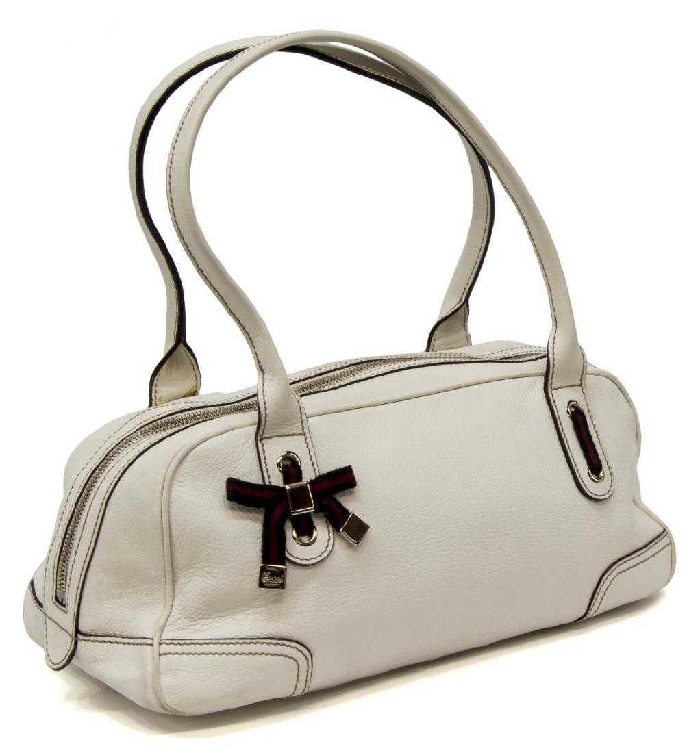 b612715a35d3 GUCCI 'PRINCY BOSTON' BAG IN WHITE LEATHER