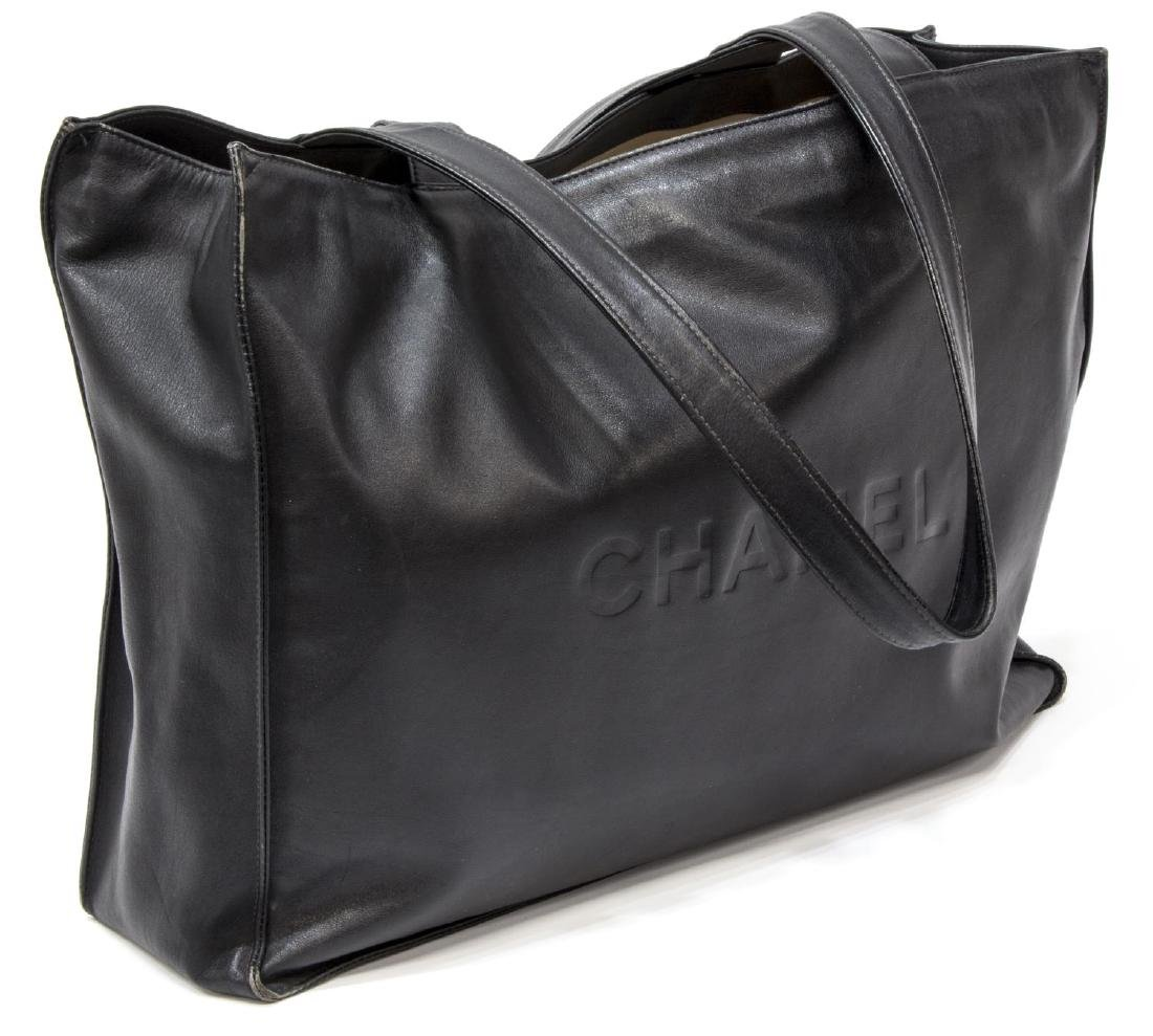 LARGE CHANEL SMOOTH BLACK LEATHER TOTE BAG