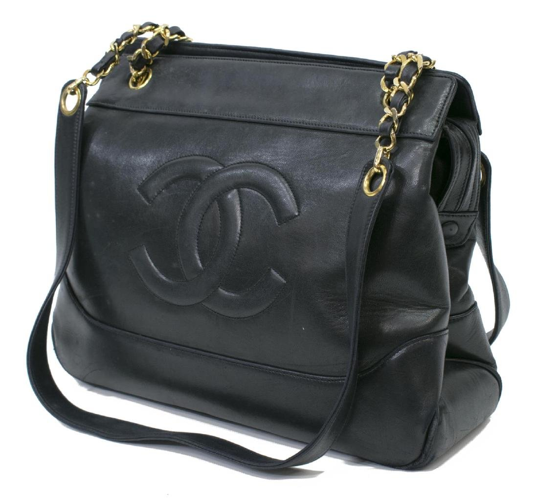 VINTAGE CHANEL BLACK LEATHER CC TOTE BAG