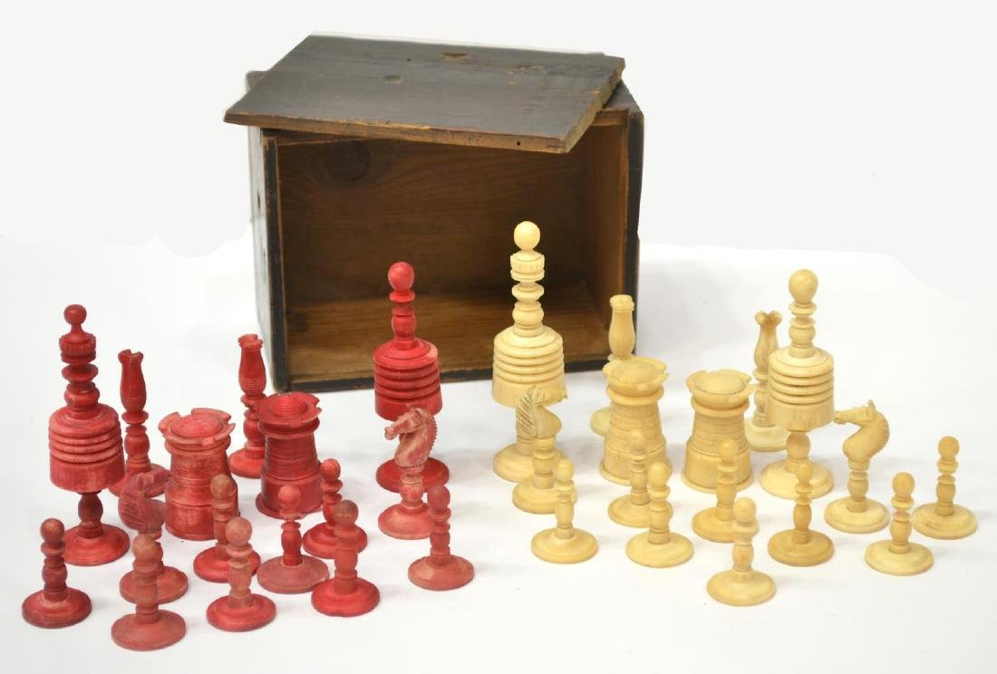 U.S. CIVIL WAR ERA CHESS SET, 32 PIECES