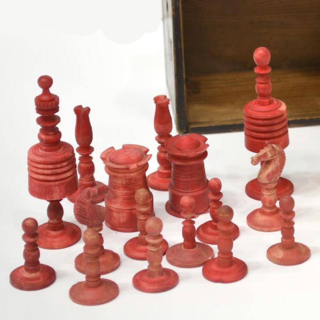 U.S. CIVIL WAR ERA CHESS SET, 32 PIECES - 3