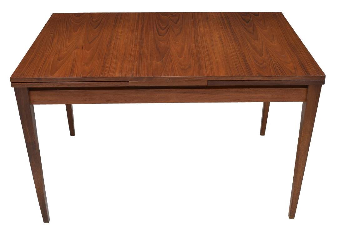 DANISH MID-CENTURY TEAK DRAWLEAF DINING TABLE - 3