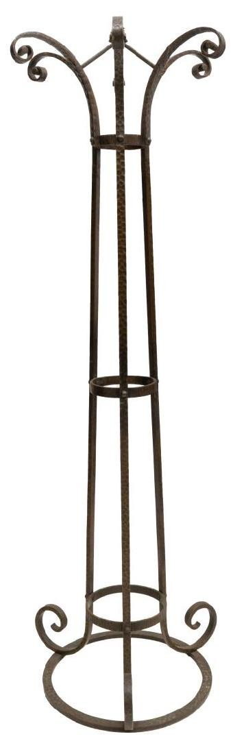 FRENCH WROUGHT IRON SINGLE LIGHT FLOOR LAMP