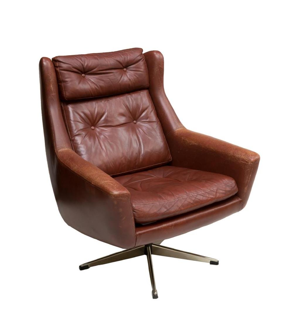 DANISH MID-CENTURY MODERN LEATHER LOUNGE ARMCHAIR