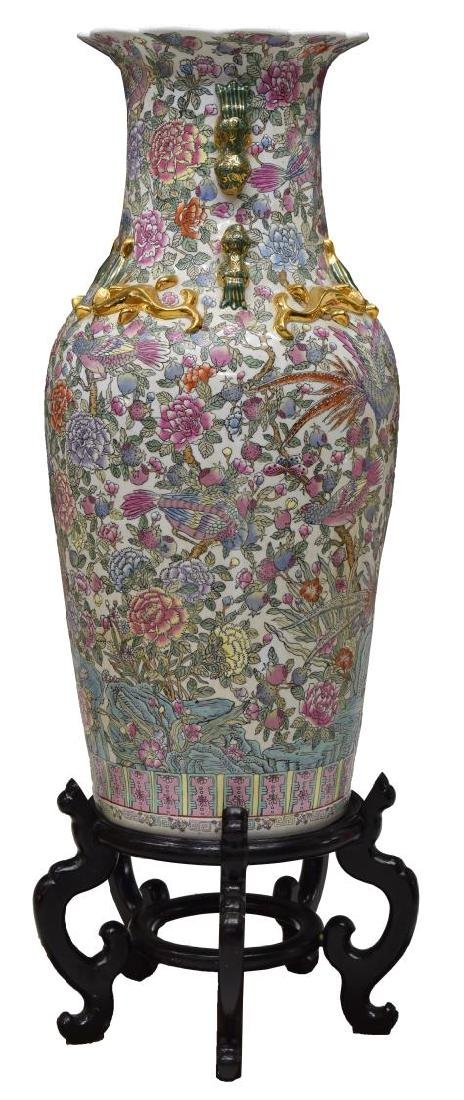 LARGE CHINESE FAMILLE ROSE PARCEL GILT VASE - 2
