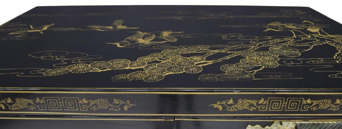 CHINESE BLACK LACQUER & PARCEL GILT CABINET - 3