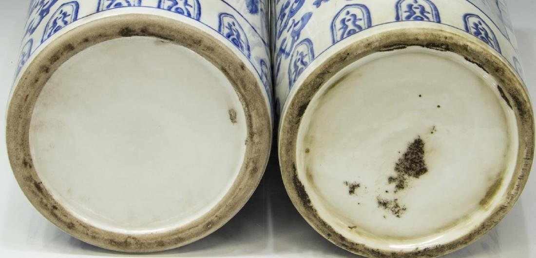 (2) CHINESE BLUE AND WHITE PORCELAIN HAT STANDS - 3