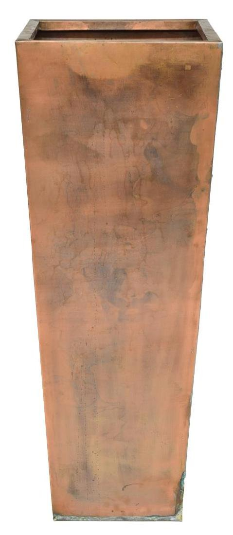 LARGE STANDING COPPER PLANTER OF TAPERED FORM - 2