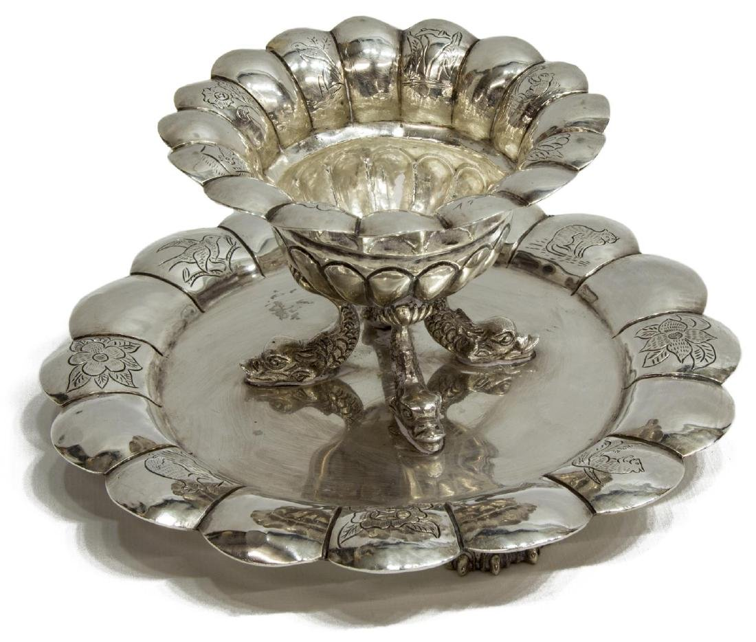 COLONIAL STYLE ENGRAVED & LOBED SILVER DISH - 2