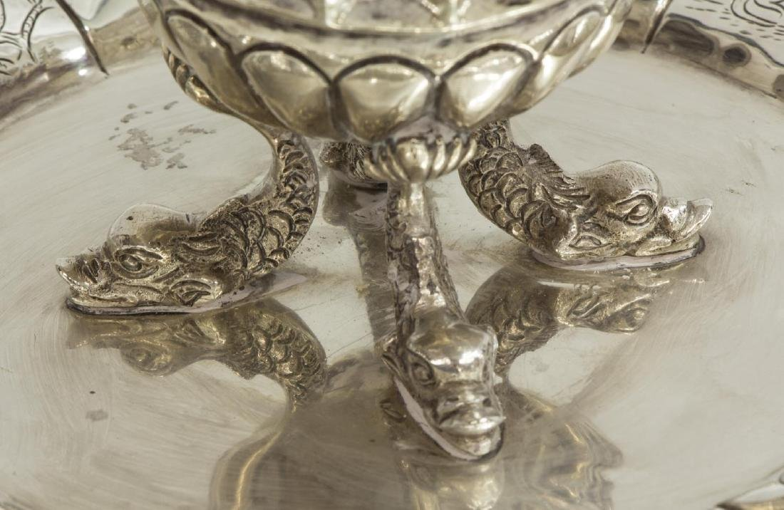 COLONIAL STYLE ENGRAVED & LOBED SILVER DISH - 3