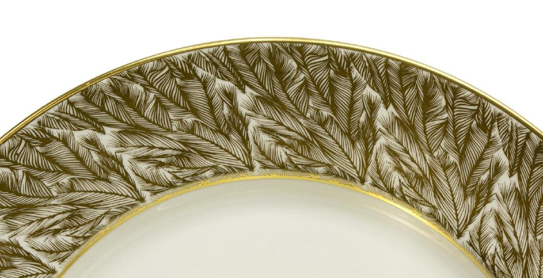 (25)ROYAL WORCESTER GOLDEN FEATHERS SERVICE PLATES - 2