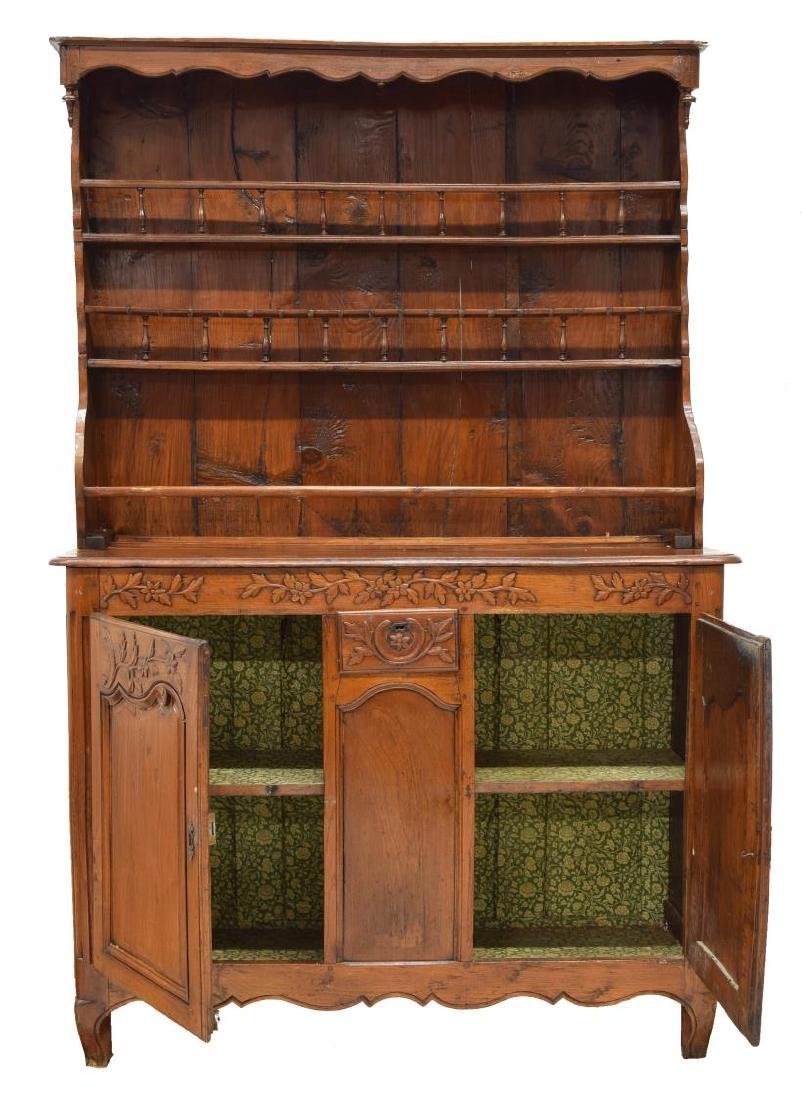 FRENCH OAK CARVED & SPINDLED VAISSELIER, 19TH C. - 2