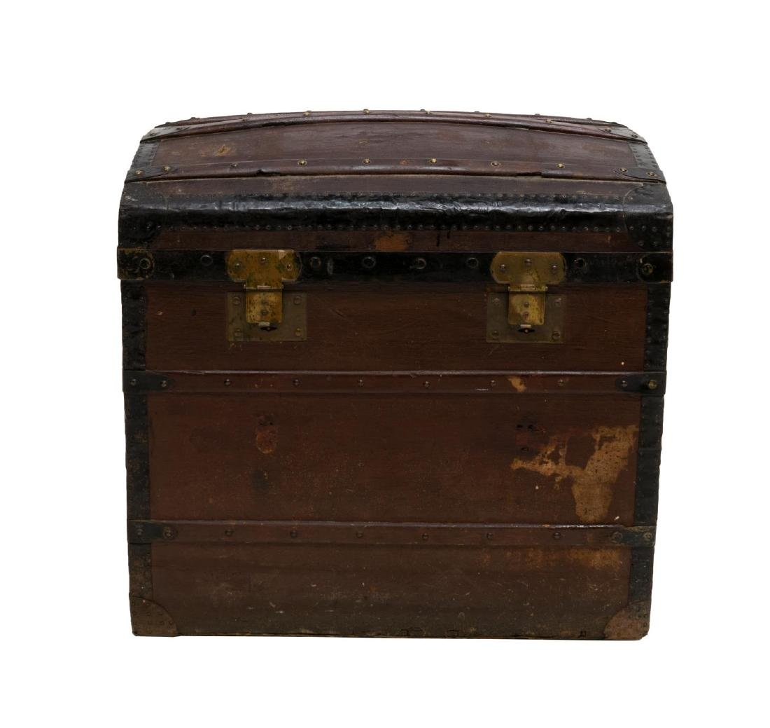 ITALIAN DOME-TOP TRAVELING TRUNK