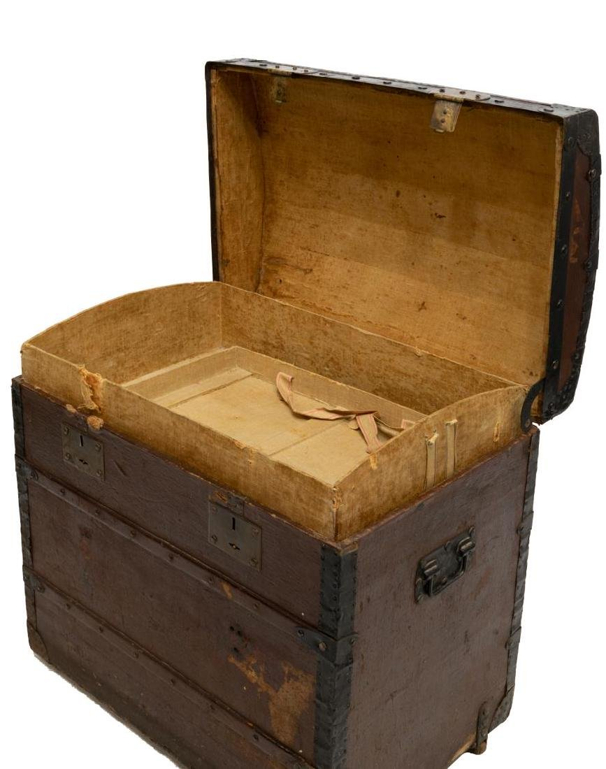 ITALIAN DOME-TOP TRAVELING TRUNK - 3