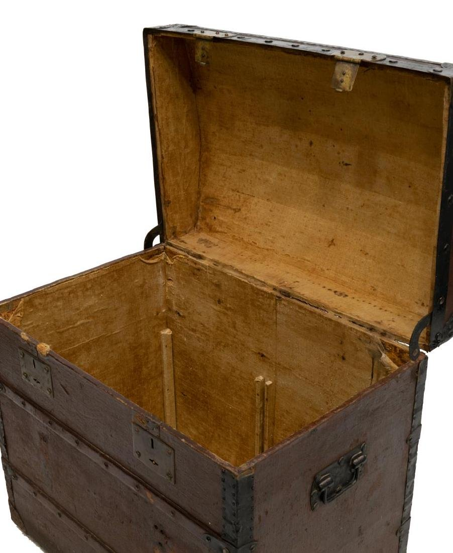 ITALIAN DOME-TOP TRAVELING TRUNK - 4