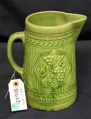 STONEWARE PITCHER GREEN GRAPES LIGHT GREEN WITH V