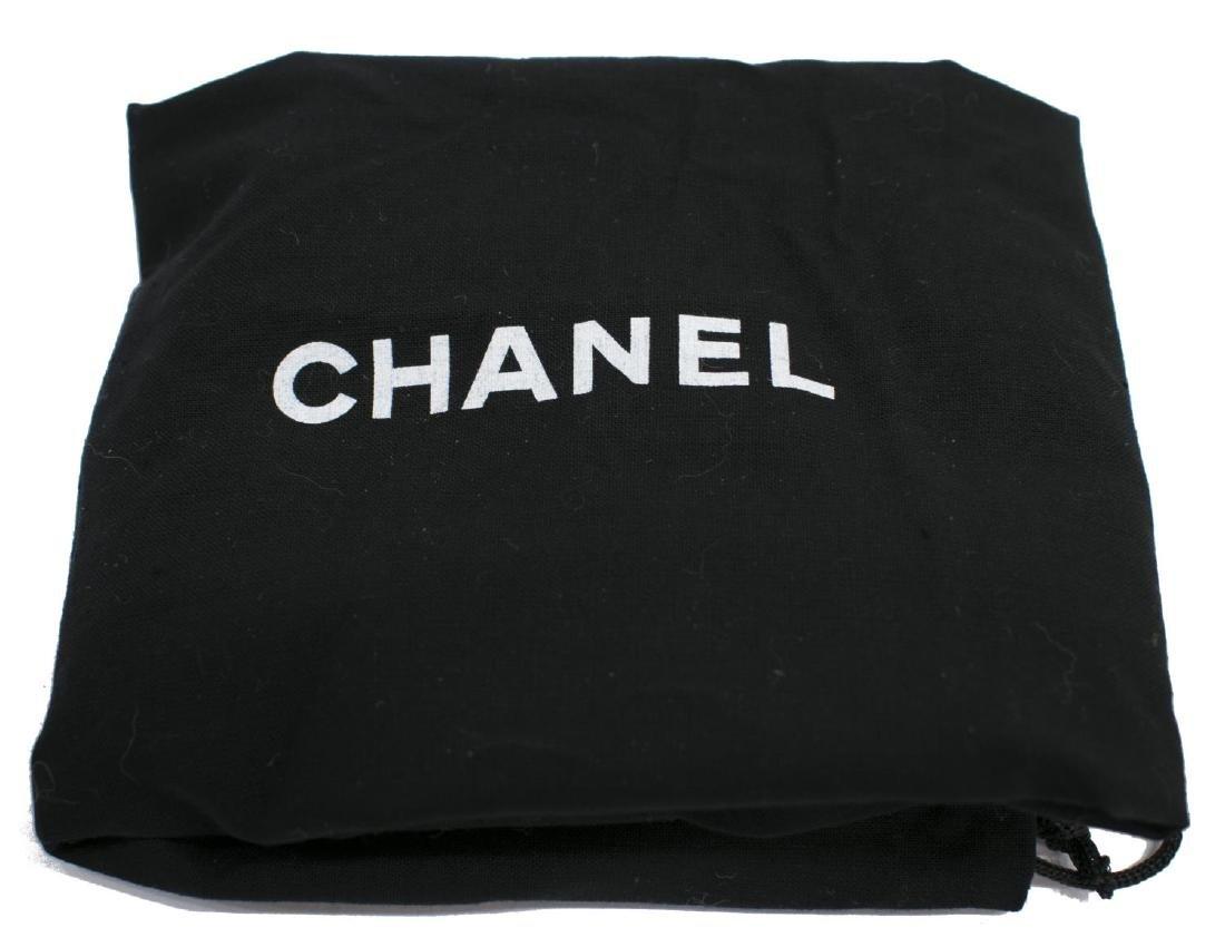 VINTAGE CHANEL BLACK QUILTED LEATHER HANDBAG - 5