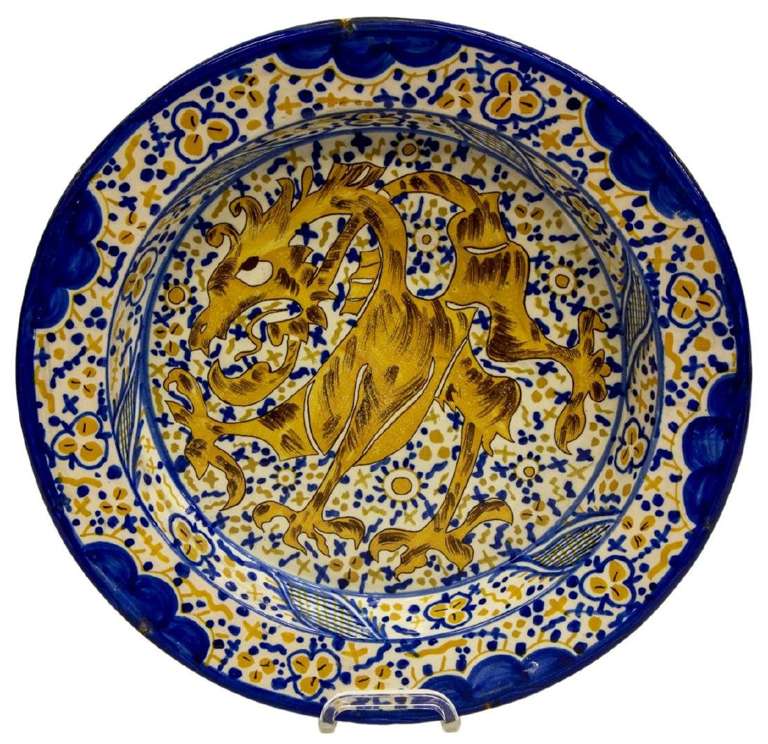 LARGE SPANISH MAJOLICA EARTHENWARE CHARGER