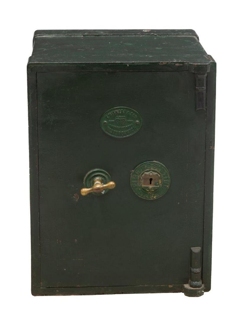 ENGLISH T. WITHERS & SON IRON KEY LOCK SAFE - 2
