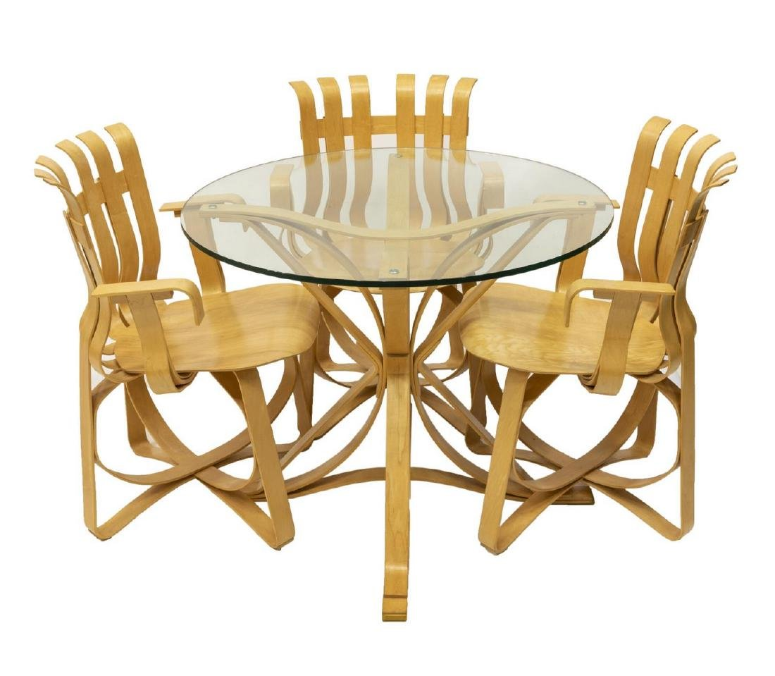 (4) FRANK GEHRY (B.1929) FOR KNOLL TABLE & CHAIRS