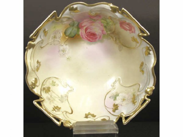 858: ROYAL BAYREUTH BAVARIAN PORCELAIN GILT CENTER BOWL