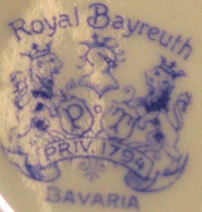 858: ROYAL BAYREUTH BAVARIAN PORCELAIN GILT CENTER BOWL - 3