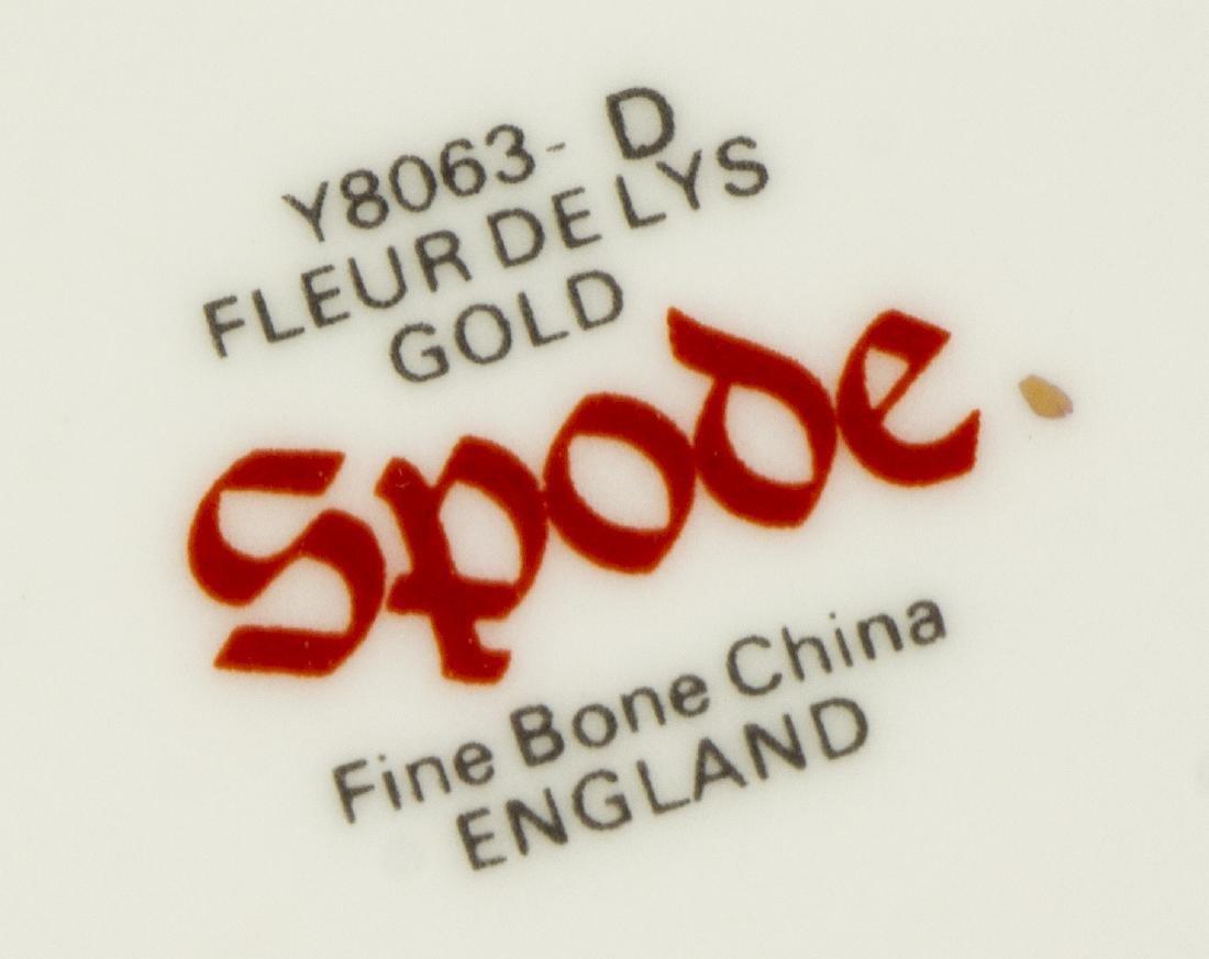 (52) SPODE FLEUR DE LYS GILT BONE CHINA DINNER SET - 4
