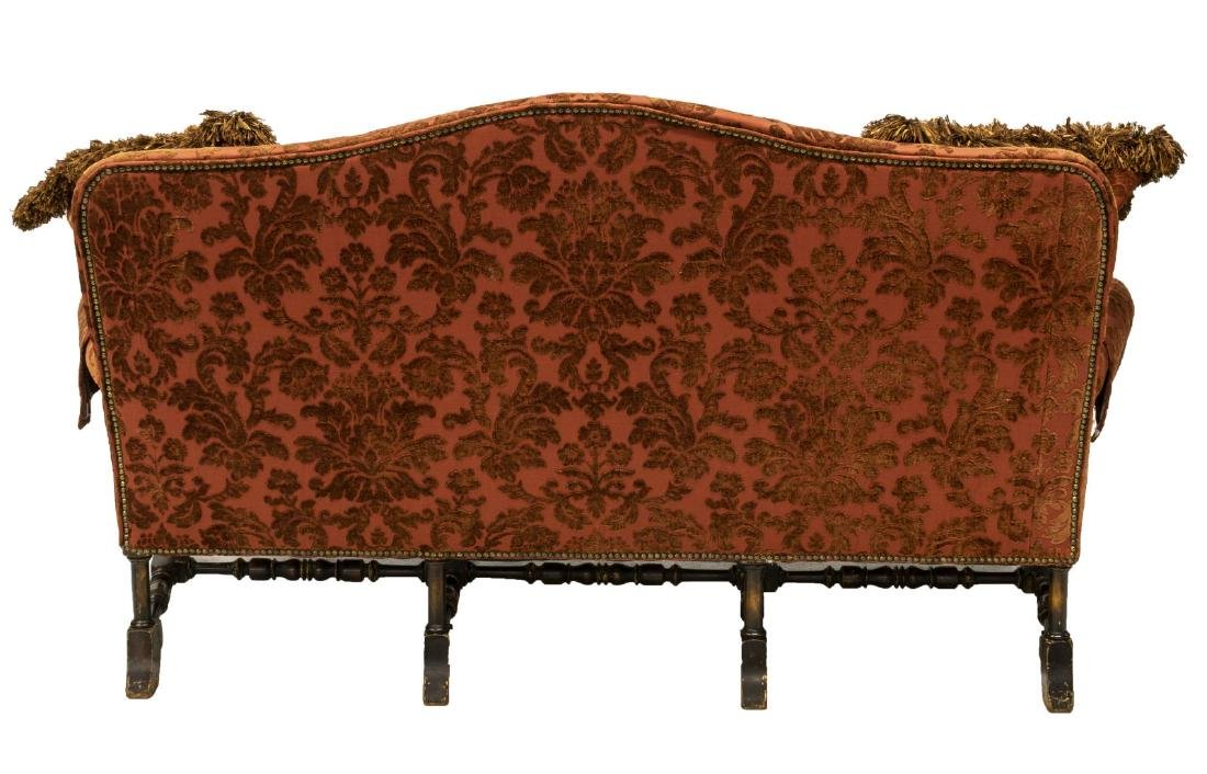 WILLIAM & MARY STYLE UPHOLSTERED SETTEE SOFA - 3