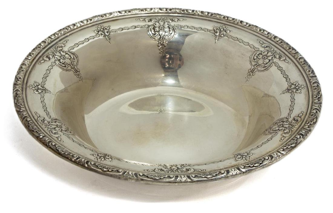 TOWLE 'OLD MASTER' STERLING SILVER SERVICE BOWL