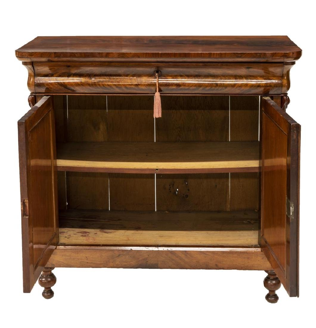 FRENCH STYLE BUFFET SERVER - 4