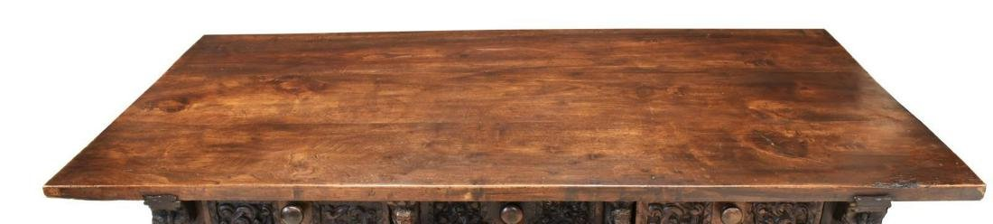 SPANISH BAROQUE WALNUT CENTER TABLE, 18TH C. - 4