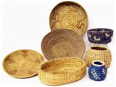 74: GROUPING OF NATIVE AMERICAN INDIAN BASKETRY ITEMS