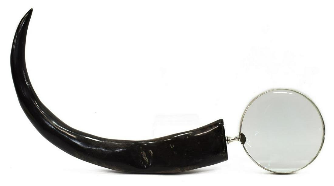 LARGE AFRICAN ANIMAL HORN MAGNIFYING GLASS