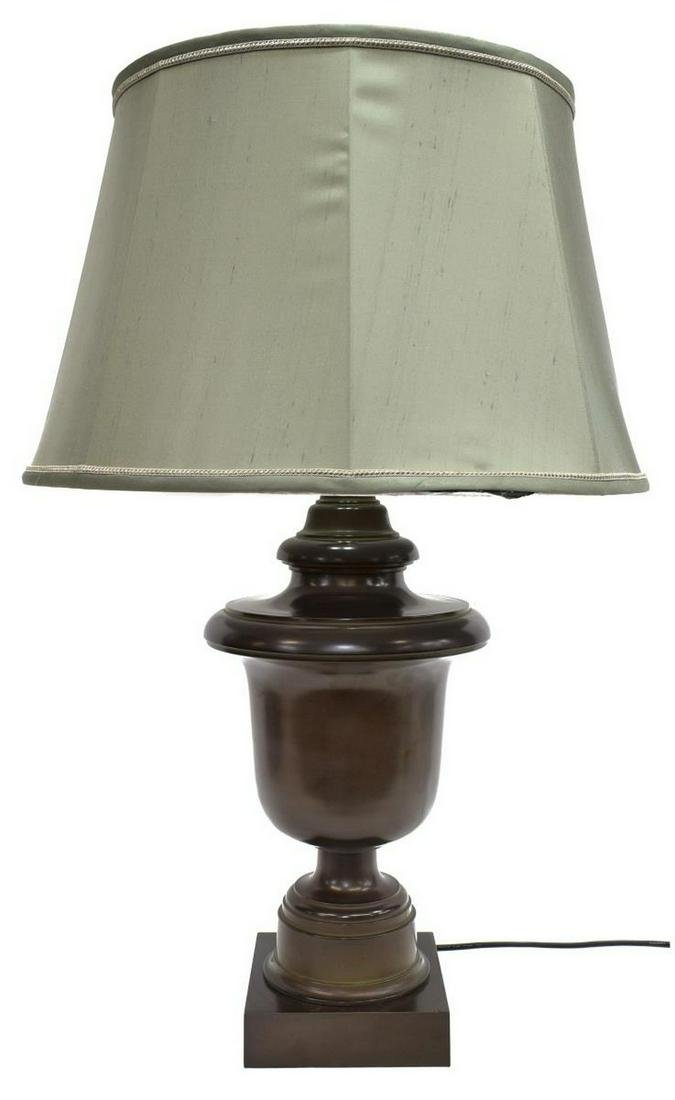 ROBERT ABBEY INC SINGLE-LIGHT URN FORM TABLE LAMP
