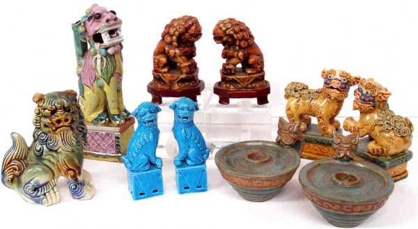 516: GROUP OF CHINESE POLYCHROME FOO DOGS