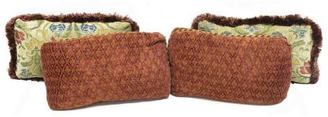 (4) COLLECTION OF DECORATIVE THROW PILLOWS