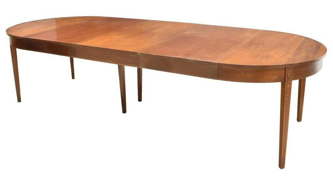 HEPPLEWHITE STYLE MAHOGANY EXTENSION DINING TABLE