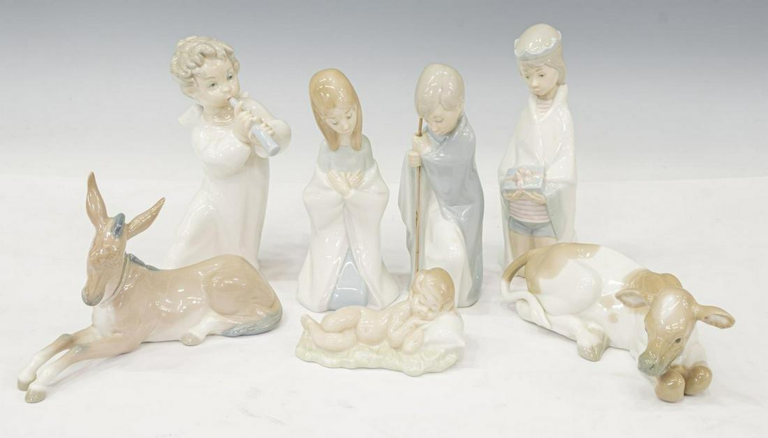 (7) LLADRO PORCELAIN CHRISTMAS NATIVITY SCENE