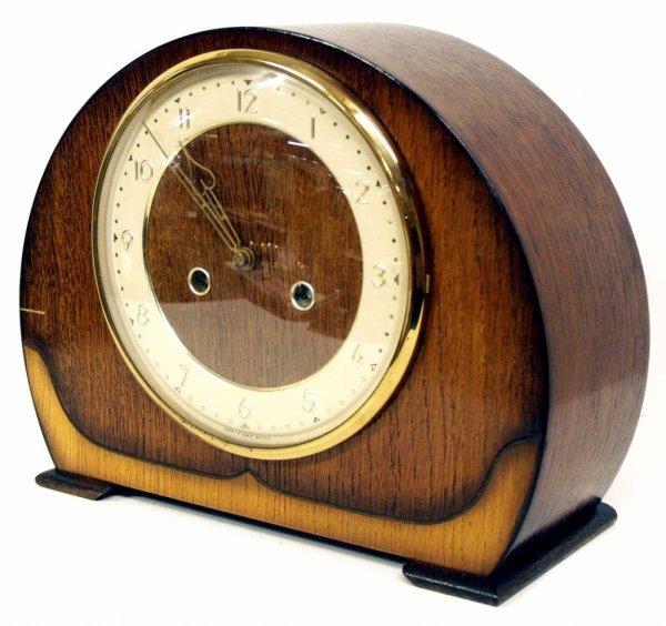 718: ANTIQUE ENFIELD ENGLISH OAK CHIMING MANTLE CLOCK