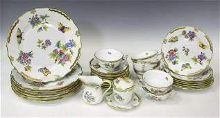 (35) HEREND 'QUEEN VICTORIA' TEA & DINNER SERVICE