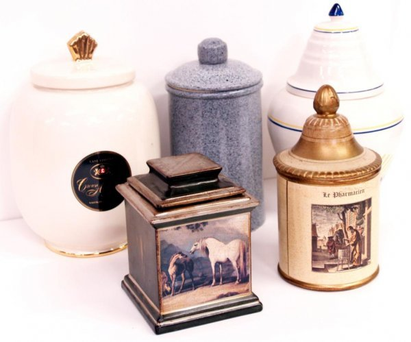 119: LOT OF SMOKING TOBACCO PIPE JARS, DUNHILL, ITALY